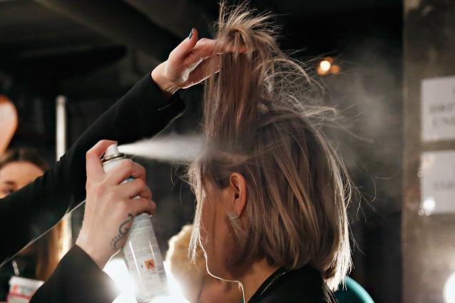 Come realizzare lo shampoo secco